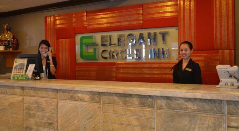 Elegant Circle Inn
