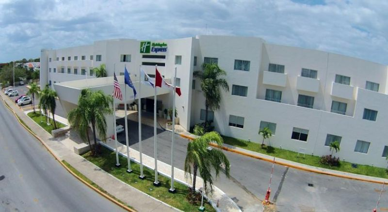 Holiday Inn Express Playa del Carmen