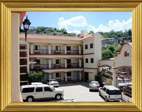 Hotel Colonial de Nogales