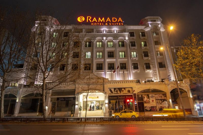 Ramada Hotel & Suites by Wyndham İstanbul Merter