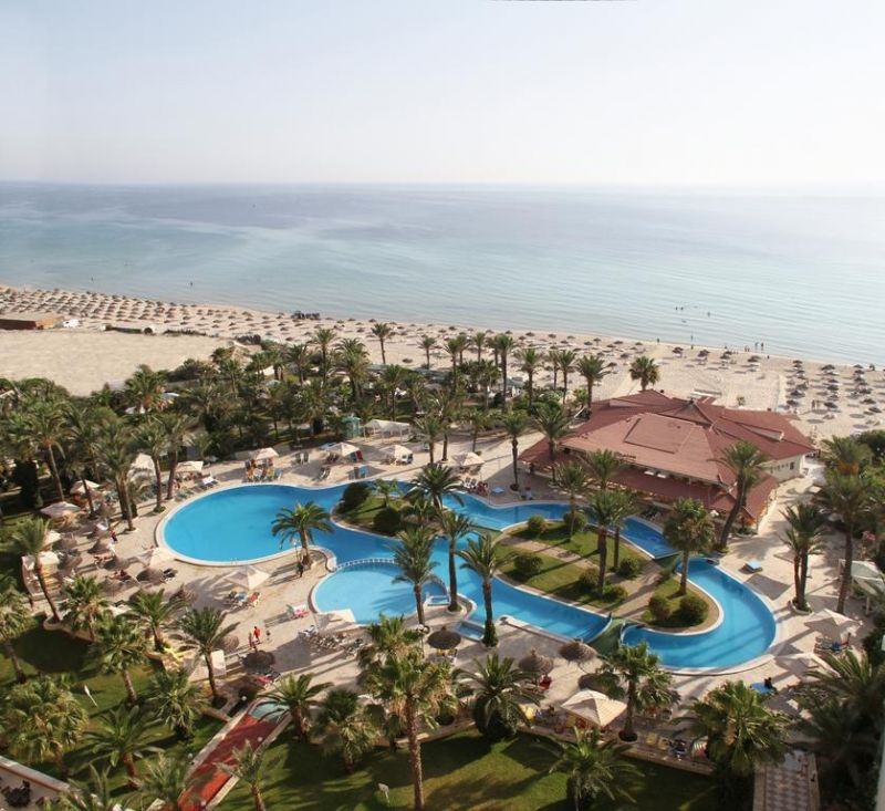 Riadh Palms- Family & Couples only