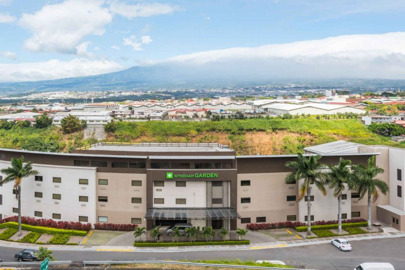 Save BIG in San Jose, Costa Rica with Dental Departures' Exclusive Packages